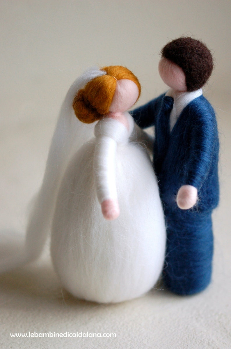 Newlyweds wool fairy tale inspiration wedding cake image 0