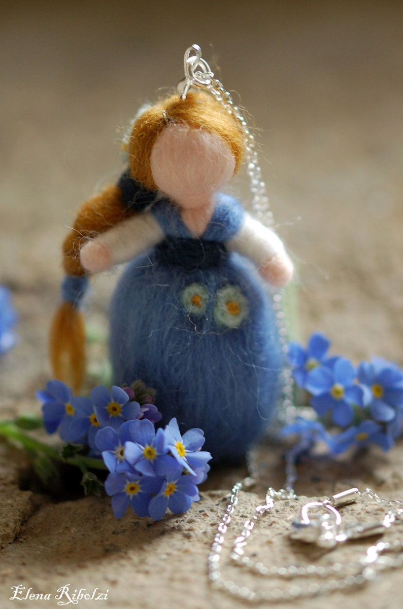 Don't forget about me necklace in fairytale image 0