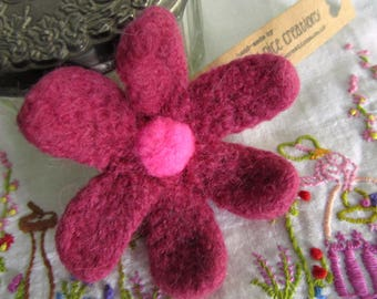 FELT FLOWER BROOCH (Large) - Hand-knitted & felted corsage with needle felted centre - Heather/Cerise Pink -Free Uk postage