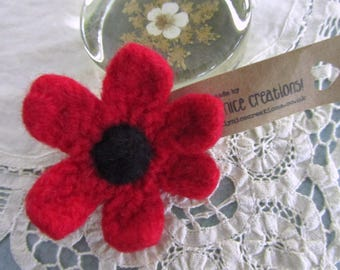 FELT FLOWER BROOCH (Medium) - Hand-knitted & felted corsage with needle felted centre - Poppy Red / Black -Free Uk postage