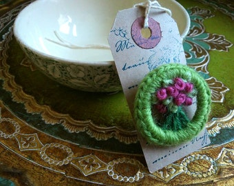 ROSY POSY BROOCH - Hand-made retro style brooch using recycled materials based on a vintage design - apple green & pink - Free Uk postage