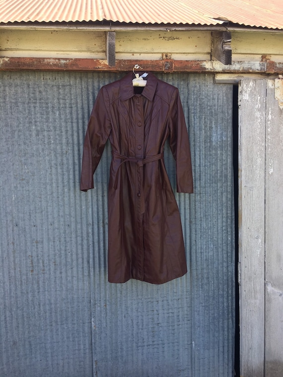 Vintage Brown Leather Trench Coat / Vintage Leathe
