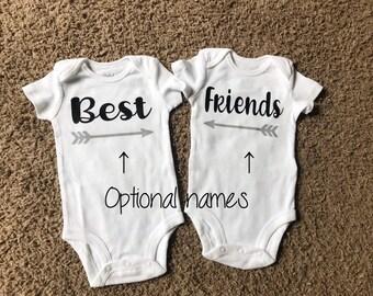 Custom Gifts. Matching Baby Onesie B is for bestie Onesie Best Friends Bestie Baby Shirt Toddler T-shirts Kids Clothing