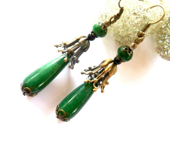a5038da1ea66b Green Jadeite Victorian Earrings Dangle Wedding Green Jewel Gift for Wife  Birthday Green Gift Victorian Style Jewels Gift for Mother Grandma