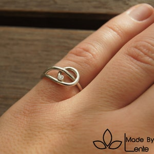 Handmade silver tight ring round thread square bar