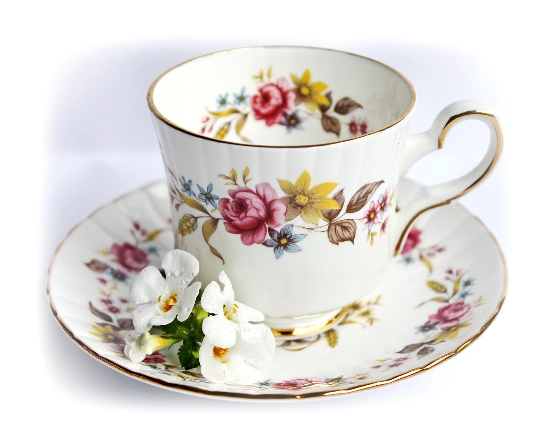 vintage roses tasse th en porcelaine anglaise th floral etsy. Black Bedroom Furniture Sets. Home Design Ideas