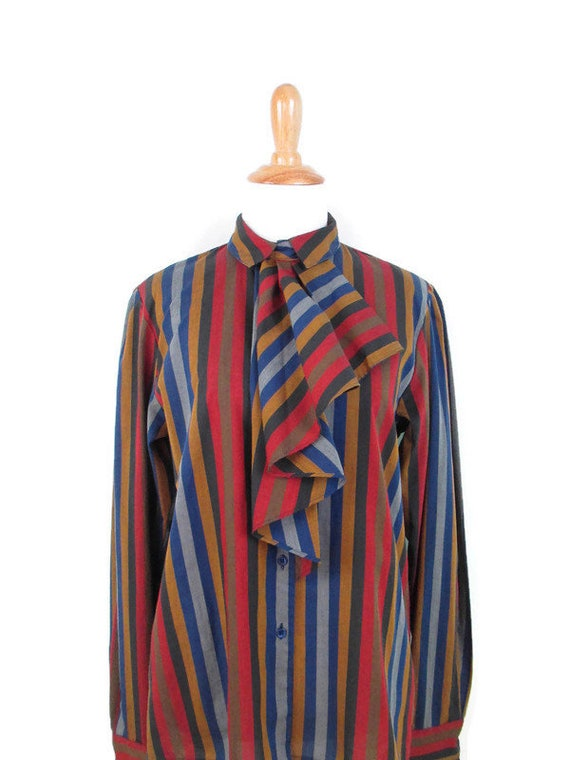 Women/'s Sz Vtg Striped Blouse with Ruffled Neck