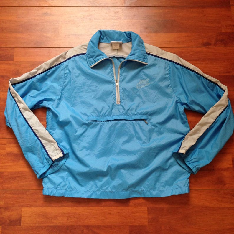 04fa0c6f570e 70 s NIKE Baby Blue Pull Over Windbreaker Vintage Medium