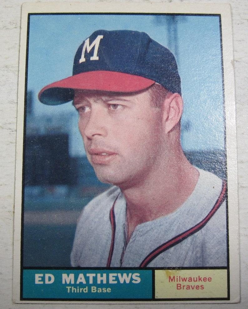 1961 Ed Matthews Milwaukee Braves Baseball Card 120 E62d