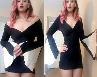 Vintage 70's Fredericks of Hollywood Bell Sleeve Black and White Micro Mini Dress/Tunic