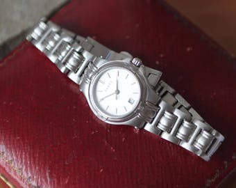 ff9bd18ecdc A Vintage Ladies Gucci Watch SKU1533