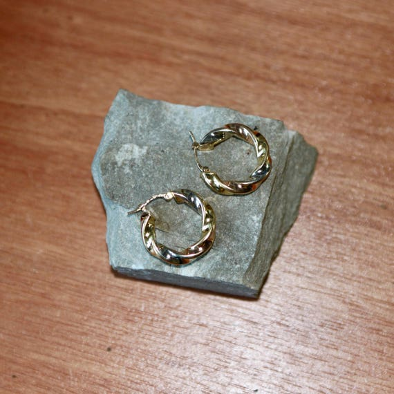A Pair Of 18ct Gold Twisted Hoops   SKU1270