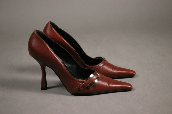 1990's VERSACE Pointy Pumps - Size 38.5