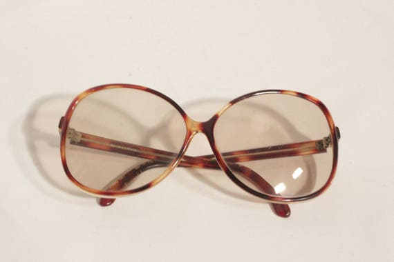 1970's Tortoise Transparent 8 Form Frames Sunglass