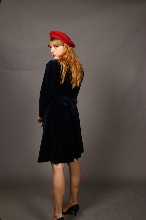 1940's Blue Velvet Winter Dress - Size S/M - image 10