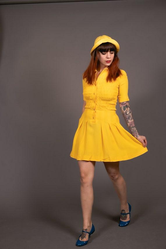 1970's Mini Yellow Crepe Dagger Collar Dress - 70… - image 6
