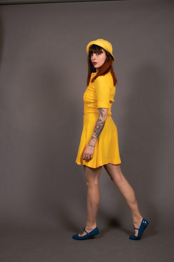 1970's Mini Yellow Crepe Dagger Collar Dress - 70… - image 7