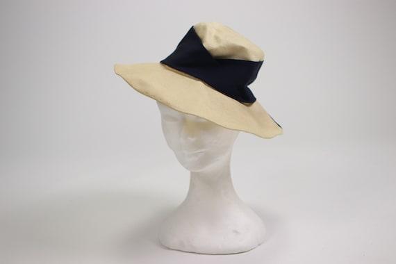 1940's Side Summer Straw Hat - image 3