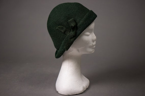 1920's Green Mesh Cloche Hat - 1920's-1930's Art D