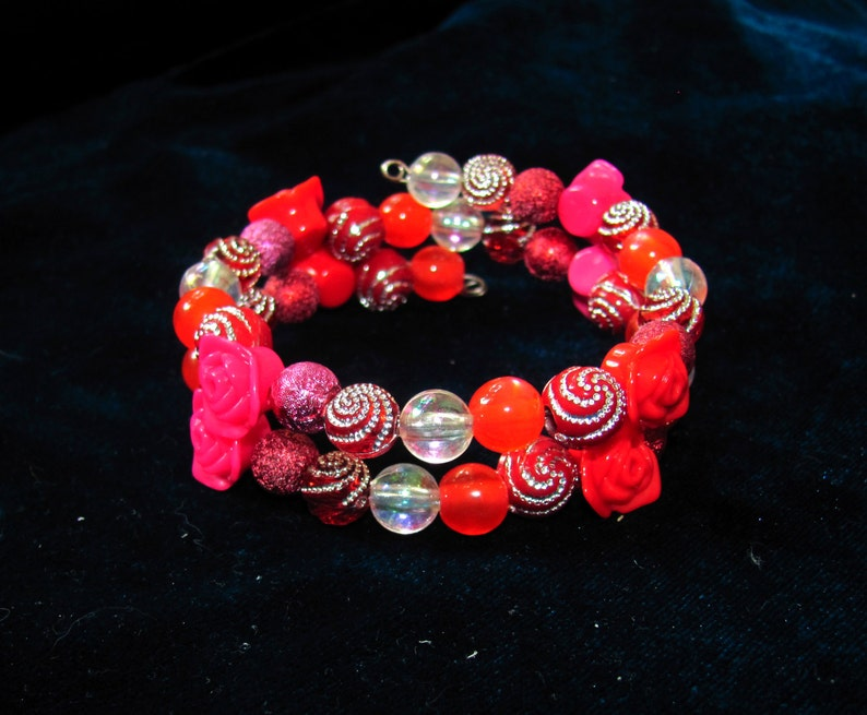 Red bracelet Memory Wire 2 Wrap Around Cuff Bohemian beaded Wrap bracelet birthday gift summer festival jewellery boho style girlfriend gift
