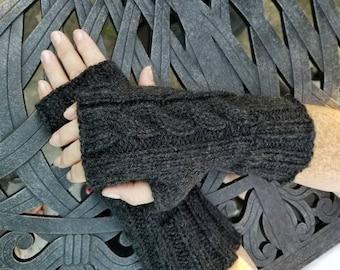 Outlander Inspired Cable Knit Fingerless Gloves - Black Handmade Fingerless Gloves - Wristwarmers - Arm Warmers - Women's Accessories -