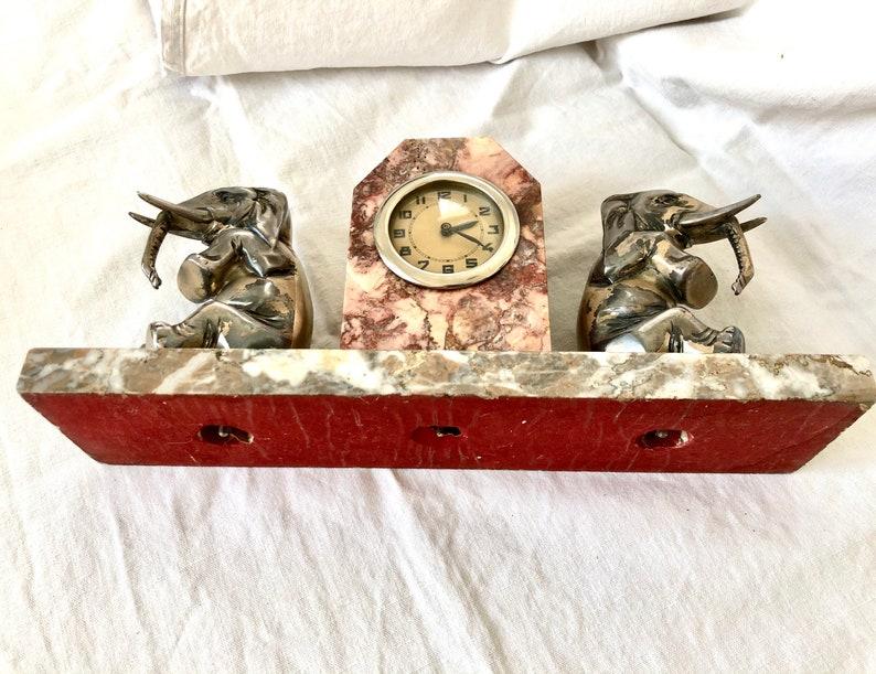 Pendule de table Art Deco en marbre