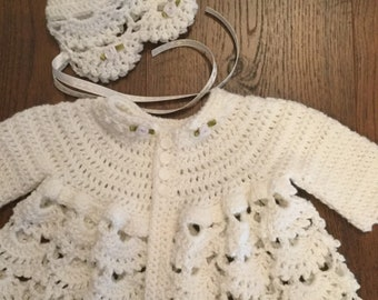 c5f824c76 Baby girl sweater and hat