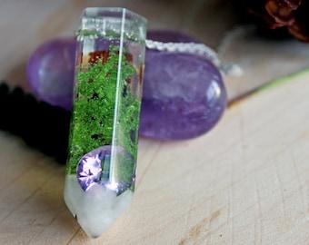 Mini Crystal resin, amethyst and MOSS terrarium