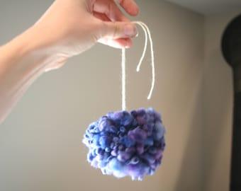Merino Oversized Pompom Indigo Blue