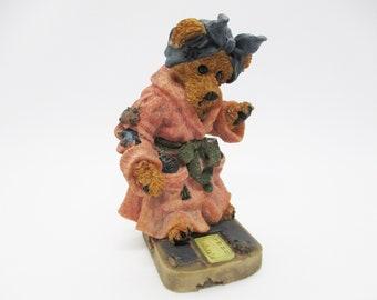 Boyd's Bears Figurine - Style #2284 Ms. Griz...Saturday Night - Diet Bathroom Scale - Bearstone Collection Boyd's Bears & Friends