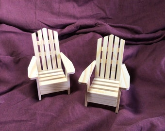 2 Dollhouse Wooden Chairs Unfinished Wood Rocking Chairs Christmas Dollhouse Miniature Wooden Chairs Model Dollhouse Accessories Tiny Furniture Model Supplies for Doll House Toy Home Decorations