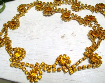 Gorgeous topaz-coloured rhinestone necklace