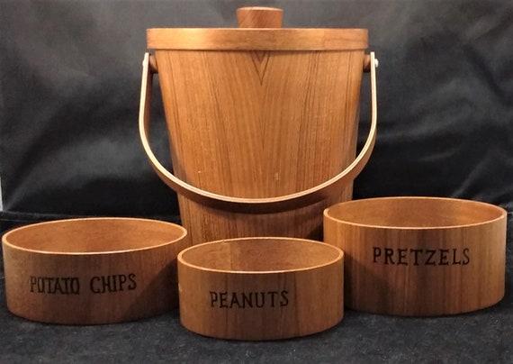 Look as if Never Used Viking Wood Veneer Bowls Set of 3 Midcentury Snack Set