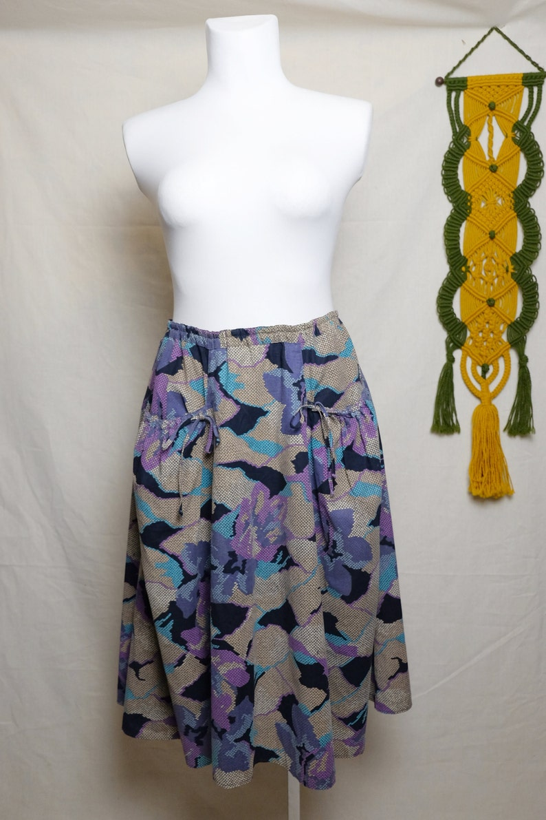 0fd6d64eedb66 80s Skirt 80s Vintage skirt novelty print skirt Black purple