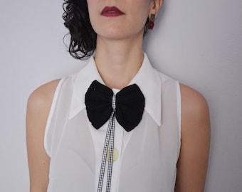 Crochet Bow Tie. Black Lace Bow Tie. Crochet Lace Bow. Crochet Brooch Papillon. Crochet Cotton Bow. Snap Clip Hair or Bow Brooch.