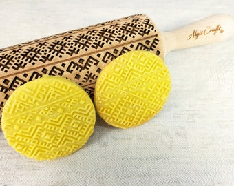 ETHNO RIBBON Embossed Rolling Pin. Ethnical pattern on Embossed Dough Roller by Algis Crafts
