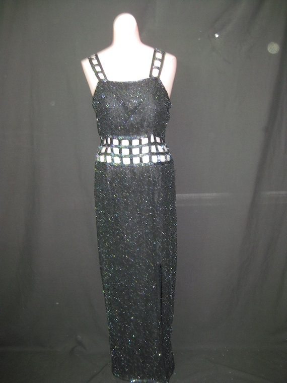 Black gown#2002