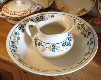 Vintage French wash bowl and jug, Faiencerie Nouvelle Givors, with stencil design