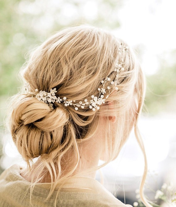 Bridal dainty hair vines Wreaths Pearls Crystals gold Silver vines Wedding hair accessories accessory Spring wedding vines Flexible Beaded