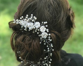 Flower Hair Comb, White Flower Hair Comb, Pearl Wedding Hair Accessory, Bridal Hair Comb