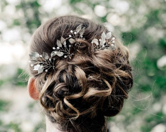 Silver Or Gold Leaf Hair Pins, Bridesmaid Hair Accessories For Your Garden Wedding, Small Leaf Hair Comb