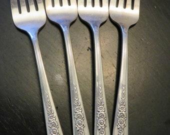"""Set of 4 Vintage Oneida /"""" Royal Rose /"""" Dessert Salad Forks Nobility Plate"""