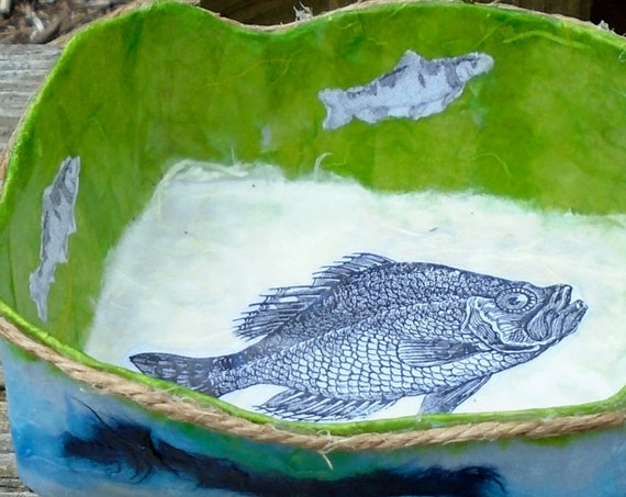 Recycled paper sea motif bowl w/driftwood legs