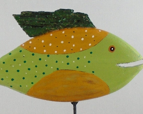 Small Driftwood fish on driftwood base