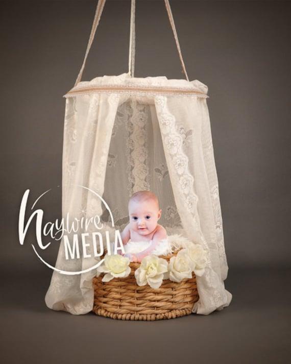 neugeborenes baby baldachin wei er spitze fell bett korb etsy. Black Bedroom Furniture Sets. Home Design Ideas