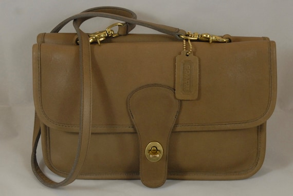 Vintage Coach Double Sided Clutch in Putty