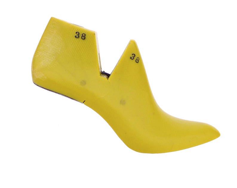 bcd48086b3 Free shipping!!!Pair of high 3 inch heel almond shaped women shoe last for  shoemaking, shoe repair
