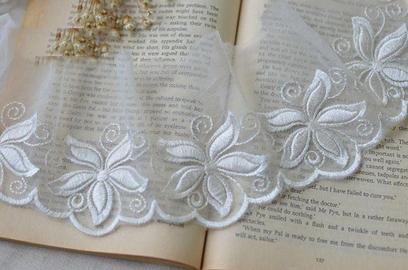 10 meters 9cm 3.54 width mesh embroidered lace trim ribbon L8F172 Free Ship