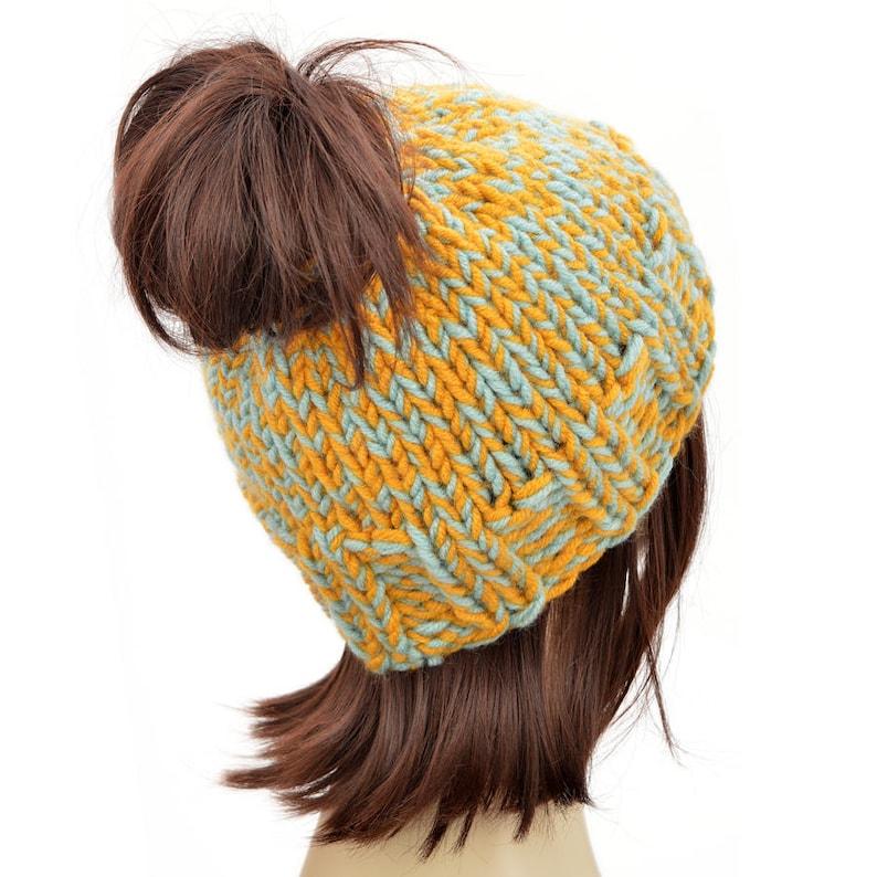 b4b71b215c192 Hat Pattern    Super Warm Ponytail Hat Pattern Knitting