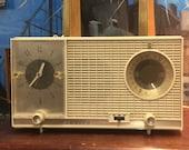 Vintage 1950 39 s Zenith Model L727 Vacumm Tube AM FM Radio Alarm Clock